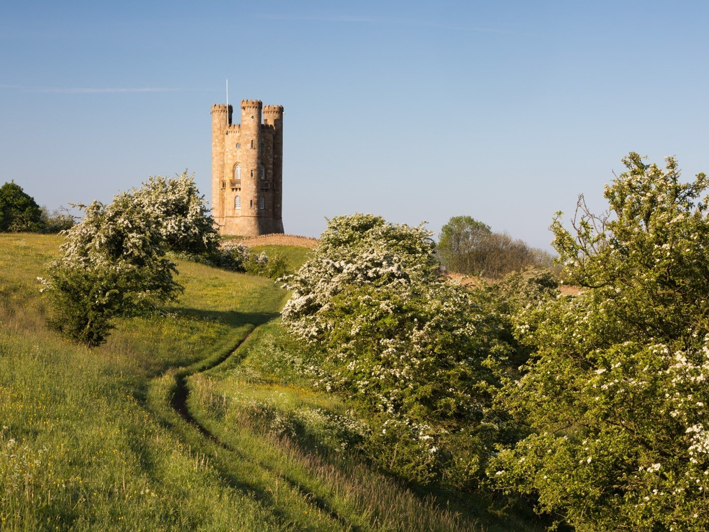 Historic tower cotswold england broadway tower hillside