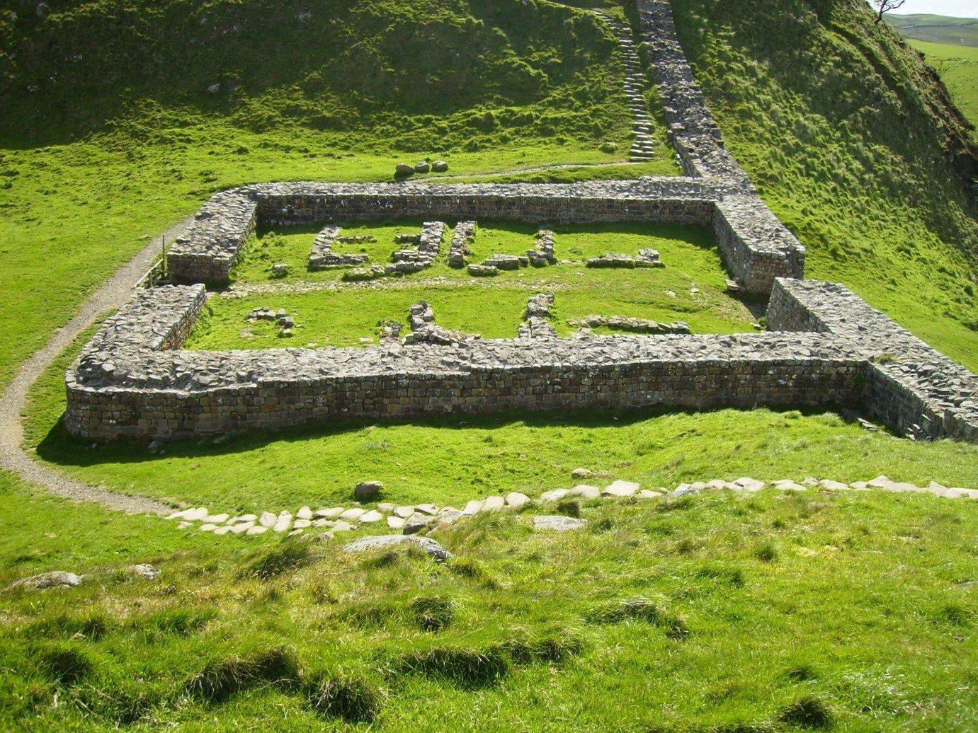 Hadrian's Wall ancient roman ruins